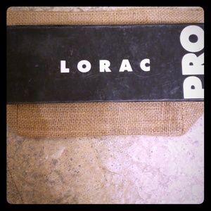 Lorax PRO Eyeshadow & 2 Brushes